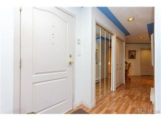 Photo 2: 102 9905 Fifth St in SIDNEY: Si Sidney North-East Condo Apartment for sale (Sidney)  : MLS®# 686270