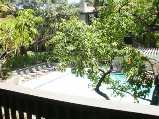 Photo 10: PACIFIC BEACH Condo for sale : 2 bedrooms : 1855 Diamond St. #213 in San Diego