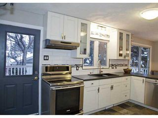 Photo 7: 11159 BRAESIDE Drive SW in Calgary: Braeside_Braesde Est House for sale : MLS®# C3653230