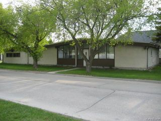 Photo 1: 152 Kildare Avenue in WINNIPEG: Transcona Residential for sale (North East Winnipeg)  : MLS®# 1513855