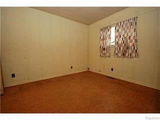 Photo 4: 1550 Ross Avenue West in WINNIPEG: Brooklands / Weston Residential for sale (West Winnipeg)  : MLS®# 1529899