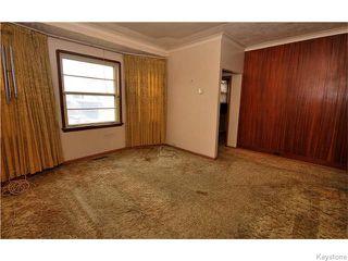 Photo 2: 1550 Ross Avenue West in WINNIPEG: Brooklands / Weston Residential for sale (West Winnipeg)  : MLS®# 1529899