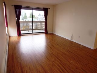 """Photo 4: 501 715 ROYAL Avenue in New Westminster: Uptown NW Condo for sale in """"VISTA ROYAL"""" : MLS®# R2041122"""