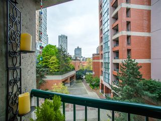 "Photo 16: 303 1226 HAMILTON Street in Vancouver: Yaletown Condo for sale in ""GREENWICH PLACE"" (Vancouver West)  : MLS®# R2056690"