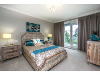 Photo 17: 15271 COLUMBIA Avenue: White Rock House for sale (South Surrey White Rock)  : MLS®# R2073081