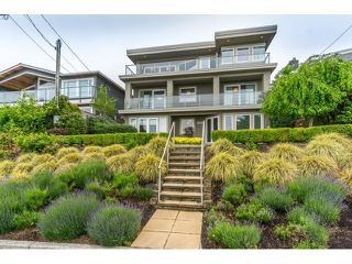 Photo 1: 15271 COLUMBIA Avenue: White Rock House for sale (South Surrey White Rock)  : MLS®# R2073081