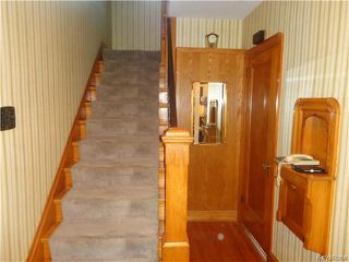 Photo 3: 295 Queenston Street in Winnipeg: River Heights / Tuxedo / Linden Woods Residential for sale (South Winnipeg)  : MLS®# 1615992