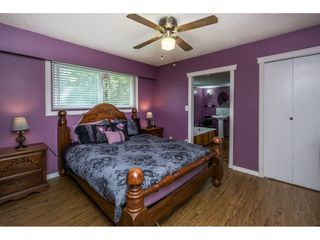 "Photo 17: 10448 GLASGOW Street in Chilliwack: Fairfield Island House for sale in ""FAIRFIELD ISLAND"" : MLS®# R2090504"