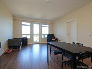 Photo 11: 401 935 Cloverdale Ave in VICTORIA: SE Quadra Condo for sale (Saanich East)  : MLS®# 738034