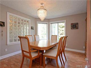 Photo 5: 2981 Lakewood Pl in VICTORIA: La Humpback House for sale (Langford)  : MLS®# 738166