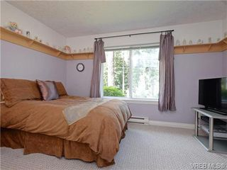 Photo 14: 2981 Lakewood Pl in VICTORIA: La Humpback House for sale (Langford)  : MLS®# 738166