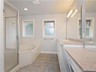 Photo 11: 2981 Lakewood Pl in VICTORIA: La Humpback House for sale (Langford)  : MLS®# 738166
