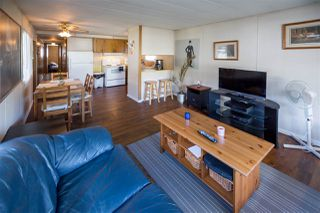 """Photo 3: 39 201 CAYER Street in Coquitlam: Maillardville Manufactured Home for sale in """"WILDWOOD"""" : MLS®# R2111986"""