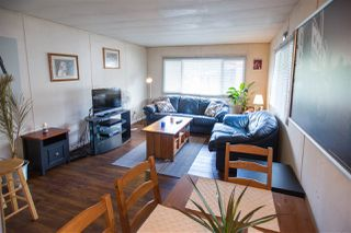 """Photo 2: 39 201 CAYER Street in Coquitlam: Maillardville Manufactured Home for sale in """"WILDWOOD"""" : MLS®# R2111986"""