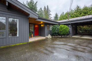 Main Photo: 5369 MILLS Road in Sechelt: Sechelt District House for sale (Sunshine Coast)  : MLS®# R2146020