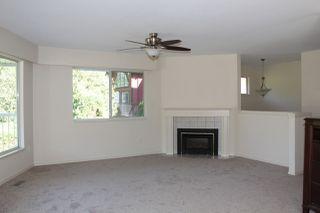 Photo 5: 40 ROBERTSON Crescent in Hope: Hope Center House for sale : MLS®# R2155902