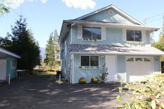 Photo 1: 40 ROBERTSON Crescent in Hope: Hope Center House for sale : MLS®# R2155902