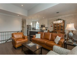 """Photo 11: 2 15989 MOUNTAIN VIEW Drive in Surrey: Grandview Surrey Townhouse for sale in """"HEARTHSTONE IN THE PARK"""" (South Surrey White Rock)  : MLS®# R2163450"""