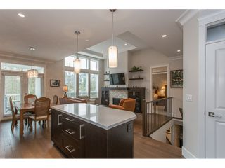 "Photo 3: 2 15989 MOUNTAIN VIEW Drive in Surrey: Grandview Surrey Townhouse for sale in ""HEARTHSTONE IN THE PARK"" (South Surrey White Rock)  : MLS®# R2163450"