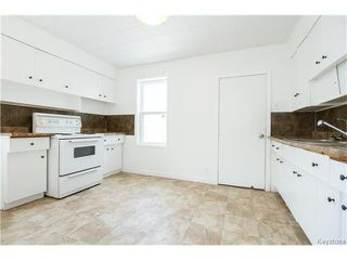 Photo 2: 774 Simcoe Street in Winnipeg: West End Residential for sale (5A)  : MLS®# 1711287