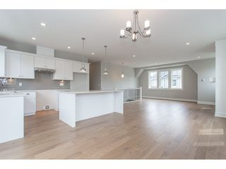 """Photo 4: 1 33973 HAZELWOOD Avenue in Abbotsford: Abbotsford East House for sale in """"Heron Pointe!"""" : MLS®# R2166921"""