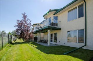 Photo 32: 97 STRATHEARN Gardens SW in Calgary: Strathcona Park House for sale : MLS®# C4121195