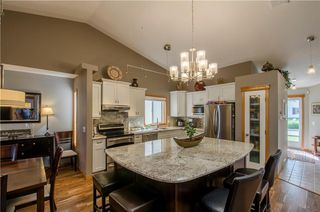 Photo 5: 97 STRATHEARN Gardens SW in Calgary: Strathcona Park House for sale : MLS®# C4121195