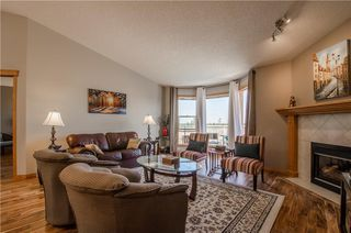 Photo 11: 97 STRATHEARN Gardens SW in Calgary: Strathcona Park House for sale : MLS®# C4121195