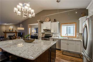 Photo 3: 97 STRATHEARN Gardens SW in Calgary: Strathcona Park House for sale : MLS®# C4121195