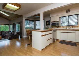 "Photo 5: 1960 180 Street in Surrey: Hazelmere House for sale in ""REDWOOD ESTATES"" (South Surrey White Rock)  : MLS®# R2187500"