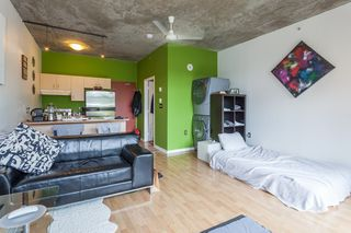 "Photo 8: 303 22 E CORDOVA Street in Vancouver: Downtown VE Condo for sale in ""Van Horne"" (Vancouver East)  : MLS®# R2191464"