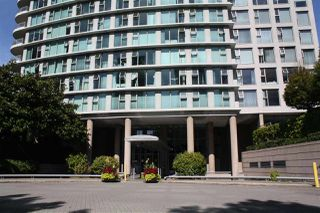 "Photo 1: 506 1009 EXPO Boulevard in Vancouver: Yaletown Condo for sale in ""LANDMARK 33"" (Vancouver West)  : MLS®# R2206751"