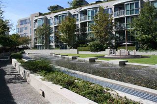 "Photo 2: 506 1009 EXPO Boulevard in Vancouver: Yaletown Condo for sale in ""LANDMARK 33"" (Vancouver West)  : MLS®# R2206751"