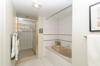 """Photo 11: 2302 1188 QUEBEC Street in Vancouver: Mount Pleasant VE Condo for sale in """"CityGate One"""" (Vancouver East)  : MLS®# R2207829"""