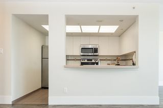 """Photo 7: 2302 1188 QUEBEC Street in Vancouver: Mount Pleasant VE Condo for sale in """"CityGate One"""" (Vancouver East)  : MLS®# R2207829"""
