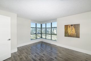 """Photo 9: 2302 1188 QUEBEC Street in Vancouver: Mount Pleasant VE Condo for sale in """"CityGate One"""" (Vancouver East)  : MLS®# R2207829"""