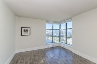 """Photo 8: 2302 1188 QUEBEC Street in Vancouver: Mount Pleasant VE Condo for sale in """"CityGate One"""" (Vancouver East)  : MLS®# R2207829"""