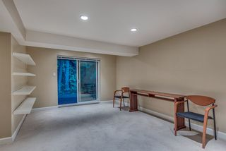"""Photo 18: 1119 HERITAGE Boulevard in North Vancouver: Seymour NV Townhouse for sale in """"HERITAGE IN THE WOODS"""" : MLS®# R2210880"""