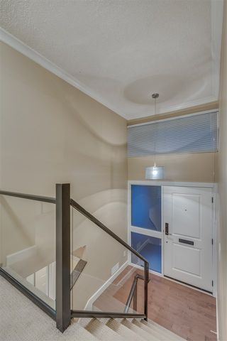 """Photo 10: 1119 HERITAGE Boulevard in North Vancouver: Seymour NV Townhouse for sale in """"HERITAGE IN THE WOODS"""" : MLS®# R2210880"""