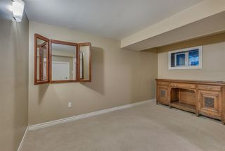 """Photo 20: 1119 HERITAGE Boulevard in North Vancouver: Seymour NV Townhouse for sale in """"HERITAGE IN THE WOODS"""" : MLS®# R2210880"""