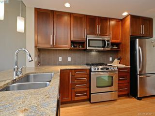 Photo 10: 601 828 Rupert Terr in VICTORIA: Vi Downtown Condo for sale (Victoria)  : MLS®# 772885