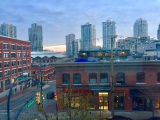 "Photo 2: 410 1133 HOMER Street in Vancouver: Yaletown Condo for sale in ""Yaletown"" (Vancouver West)  : MLS®# R2226540"