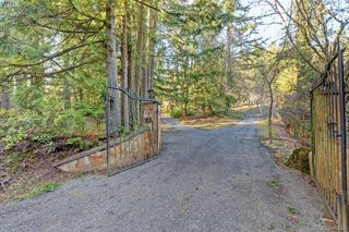 Photo 1: 456 Sparton Rd in VICTORIA: SW Prospect Lake House for sale (Saanich West)  : MLS®# 779975