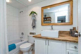 "Photo 8: 501 1576 MERKLIN Street: White Rock Condo for sale in ""The Embassy"" (South Surrey White Rock)  : MLS®# R2249507"