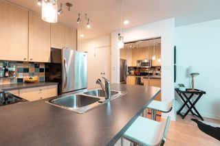 "Photo 5: 504 819 HAMILTON Street in Vancouver: Downtown VW Condo for sale in ""EIGHT ONE NINE"" (Vancouver West)  : MLS®# R2306906"