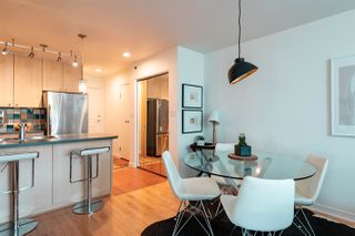 "Photo 6: 504 819 HAMILTON Street in Vancouver: Downtown VW Condo for sale in ""EIGHT ONE NINE"" (Vancouver West)  : MLS®# R2306906"