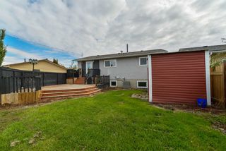 Photo 3: 459 Huffman Crescent in Edmonton: Zone 35 House for sale : MLS®# E4129957