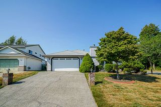 Main Photo: 6167 189 Street in Surrey: Cloverdale BC House for sale (Cloverdale)  : MLS®# R2308070