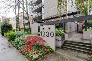 "Main Photo: 405 1230 COMOX Street in Vancouver: West End VW Condo for sale in ""LA MIRAGE"" (Vancouver West)  : MLS®# R2322897"