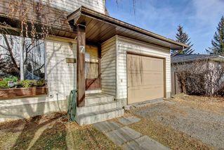 Photo 3: 7 PINEBROOK Place NE in Calgary: Pineridge Detached for sale : MLS®# C4221689